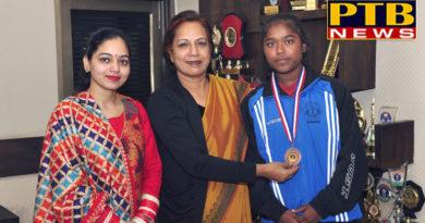 SD College for women Girl Player winning in Wrestling Championship