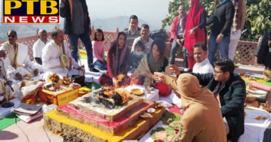"PTB Big News ""मनोरंजन""kangana ranaut reached dhabohi mandi for kul devi murti pratishthapna Himachal pardesh mandi"