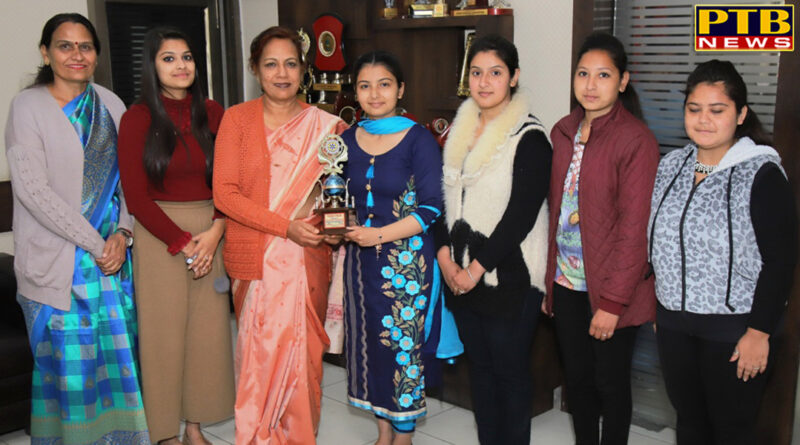 SD College for women Result of students stood 1st and 2nd in University