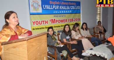 Organized program for providing career related information to students in Lyallpur Khalsa College