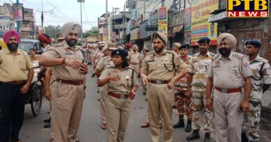 CP LEADS FLAG MARCH OF PARAMILITARY FORCE AND PUNJAB POLICE IN SENSITIVE AREAS OF THE CITY