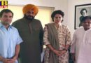 Punjab sidhu along with rahul and priyanka gandhi handed over the letter