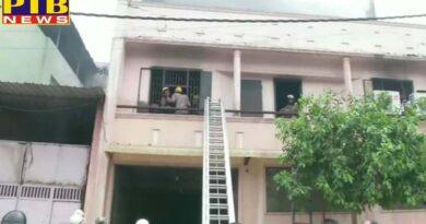 delhi ncr fire broke out in keshavpuram factory more than two dozen fire tender at spot details