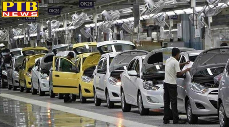 business story 15000 workers lose jobs in auto sector auto sales in india sees sharpest fall 19 yrs in july siam auto report