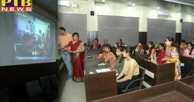 A talk on Promoting Hindi Language organised at HMV