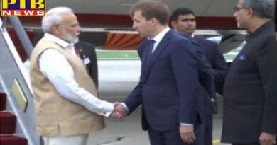 prime minister narendra modi russia visit addressing 5th eastern economic forum on 5th september?