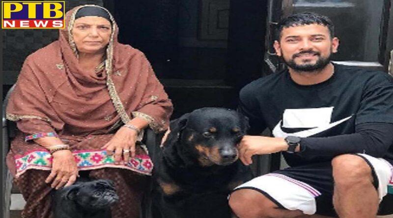 Punjab singer garry sandhu mother died