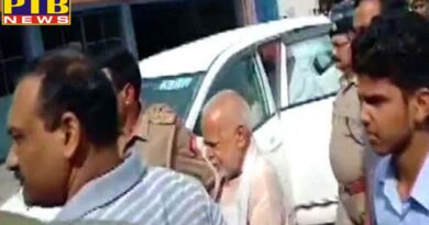 uttar pradesh shahjahanpur sexual harassment case sit arrested swami chinmyanand india