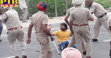 punjab police lathi charged ett tet pass unemployed in sangrur Punjab Teachers