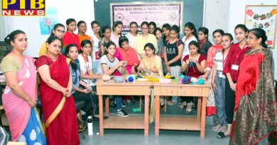 Two day workshop on Knitting and Crocheting by Designing Hub Society of Bachelor of Design dept of HMV College for Women