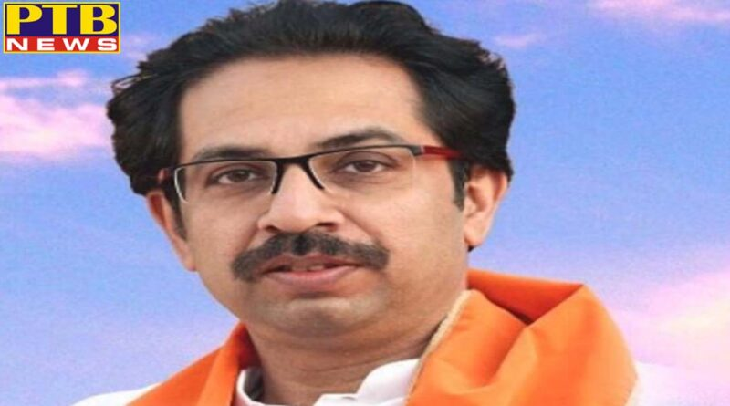 big shock in shiv sena 26 councilors and 300 workers resign uddhav thackeray