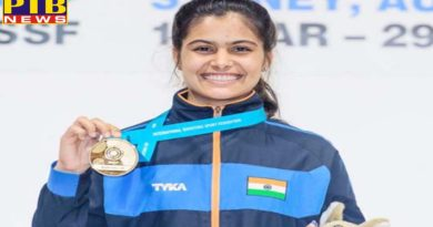 indian shooter manu bhaker created history shot at gold with world record