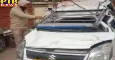 car of friends going from delhi to shimla overturned in zirakpur haryana city