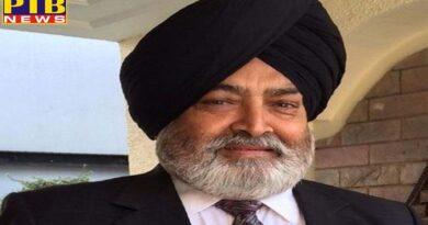 Congress party leader Daljit Singh Ahluwalia's District Consumer Forum issued arrest warrants