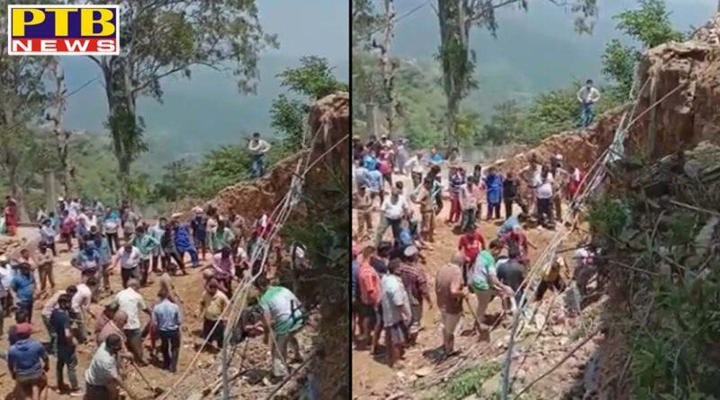 2 laborers buried under debris in kandaghat of solan distt in himachal