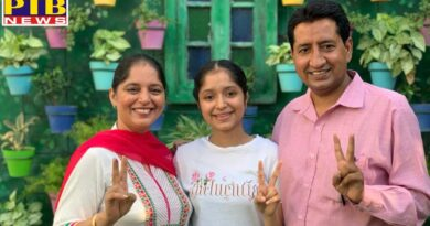 CBSE Board 12th examinations, Commerce student Sevi, with 92.6 percent marks, brightened the name of the school and her parents