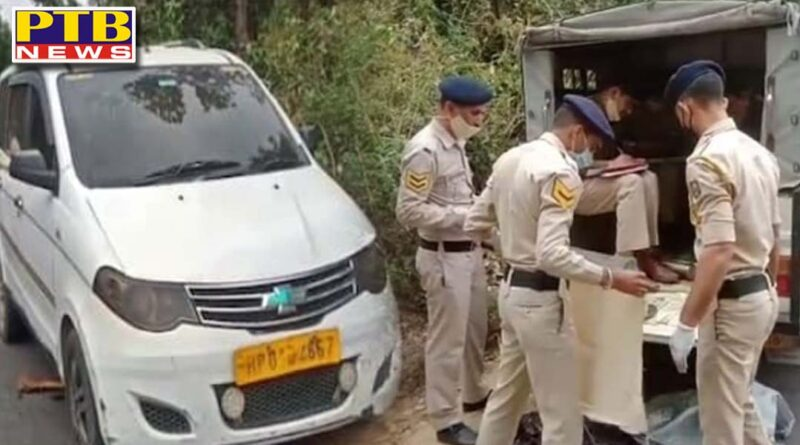 murder in kangra driver half burned dead body found in his taxi in himachal Pardesh